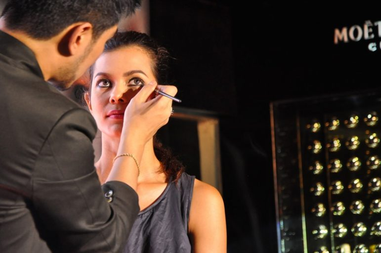 Albert Kurniawan during the day-to-night makeup workshop.