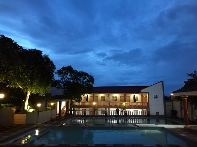 Travel and Pose #16: Roma Vita Resorts